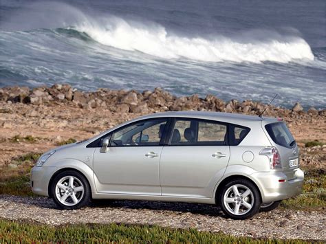 toyota corolla verso 2007 toyota corolla verso 1 8 2007 auto images and specification