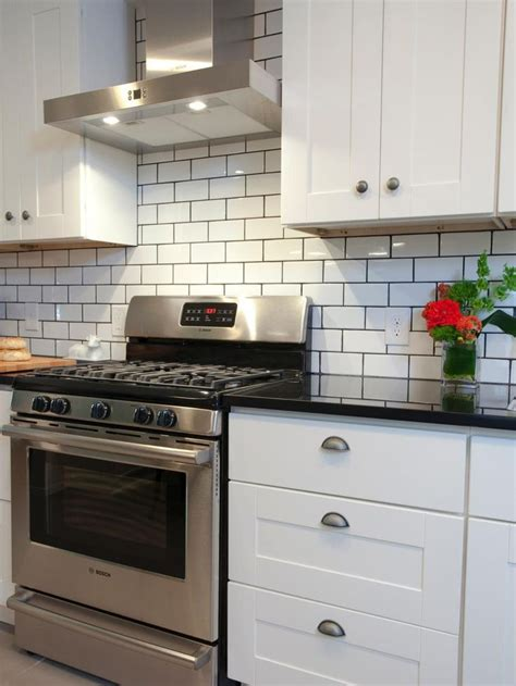 kitchen cabinets for free 25 best ideas about hgtv property brothers on 6058