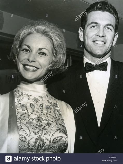 bio actress janet leigh janet leigh us film actress with fourth husband robert