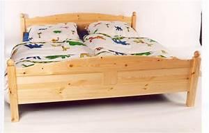 Ehebett Mit Bettkasten : hohes ehebett holz mit schubk sten die neuesten innenarchitekturideen ~ Frokenaadalensverden.com Haus und Dekorationen