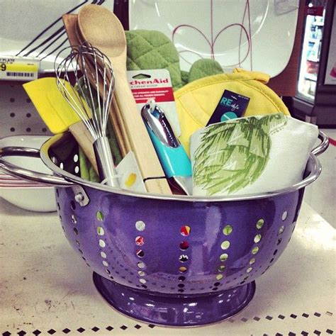gift ideas create a kitchen gift basket in a colander giftidea Kitchen