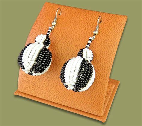 Bobble Earrings earrings bobble bobble earrings black white