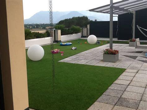 erba sintetica per terrazzi prezzi erba sintetica terrazzo