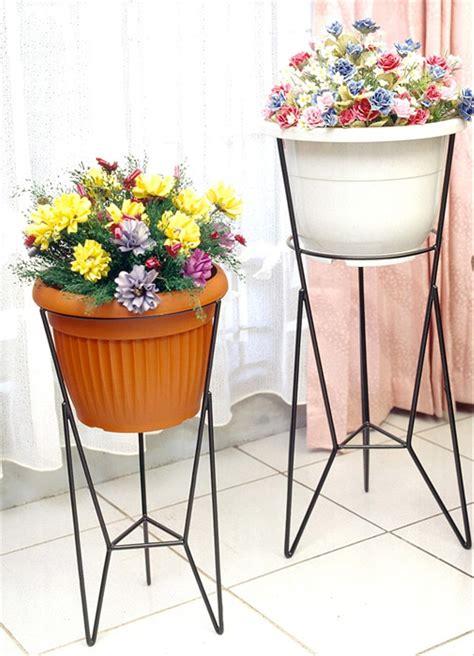 jual rak pot bunga  modelline gambar kanan tempat