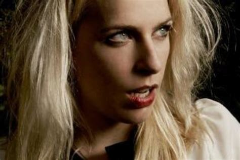 sara pascoe  history   clever    sexual
