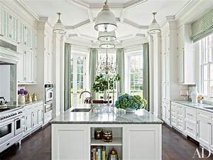 15, Stunning, Traditional, Kitchens