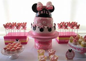 Minnie Mouse Birthday Party Ideas | Photo 3 of 15 | Catch ...