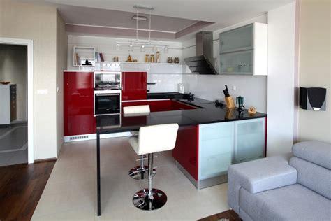 piros konyha modern vonalak kenyelmes szimpla