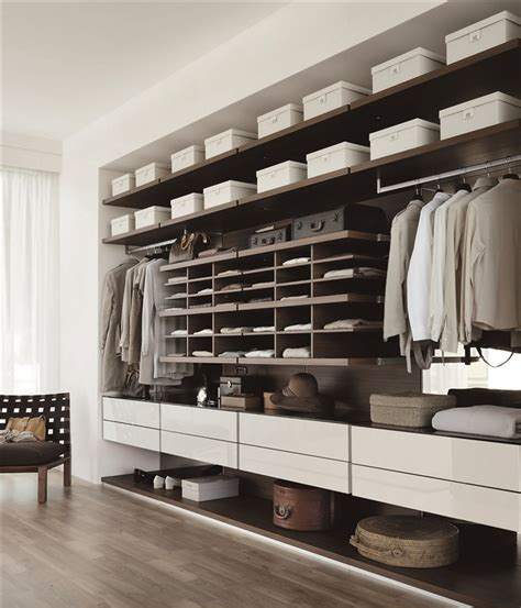 10 Walkin Closets For A Luxury Bedroom  Bedroom Ideas