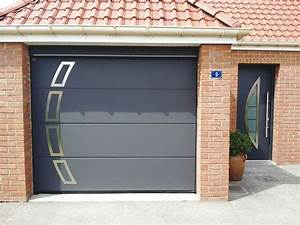 Pose porte de garage motorisee installation de for Doitrand porte de garage