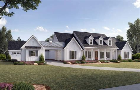 House Plan 41401 Traditional Style with 3272 Sq Ft 4