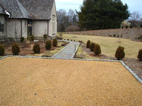 gravel driveway border 1000 images about driveway on pinterest