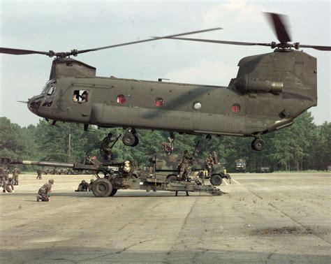 Boeing CH-47 Chinook — Wikipédia