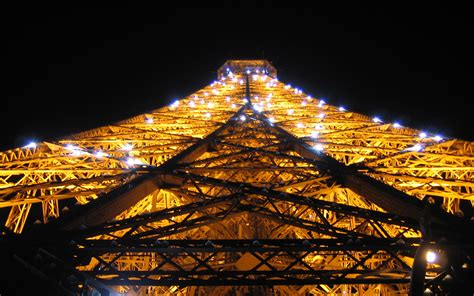 eiffel tower lights wallpapers eiffel tower lights stock