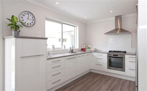 big kitchen cabinets showhome kitchen marsden city whangarei g j gardner 1648