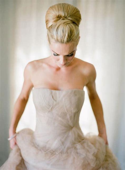 top knot bun wedding hairstyles   inspirewith