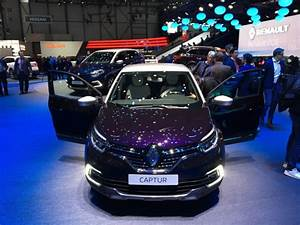 Renault Captur Initiale Paris 2017 : renault captur initiale paris le captur restyl haut de gamme l 39 argus ~ Medecine-chirurgie-esthetiques.com Avis de Voitures