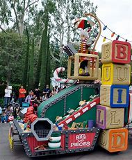 christmas parade float ideas - Christmas Float Decorations