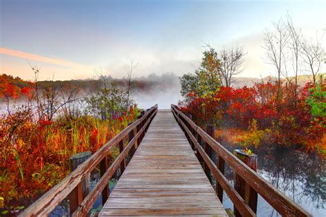 The Best Places to See Fall Foliage Near Boston
