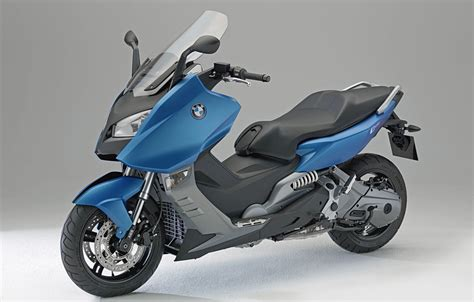 Bmw Unveils Long Anticipated Maxi Scooters C 600 Sport