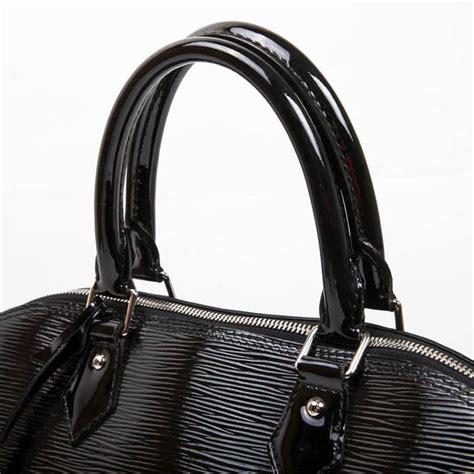 louis vuitton black patent epi leather large model alma bag  stdibs