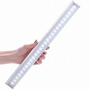 Led Lampe : d couverte de la lampe led lofter rechargeable avec d tection de mouvements ~ Eleganceandgraceweddings.com Haus und Dekorationen
