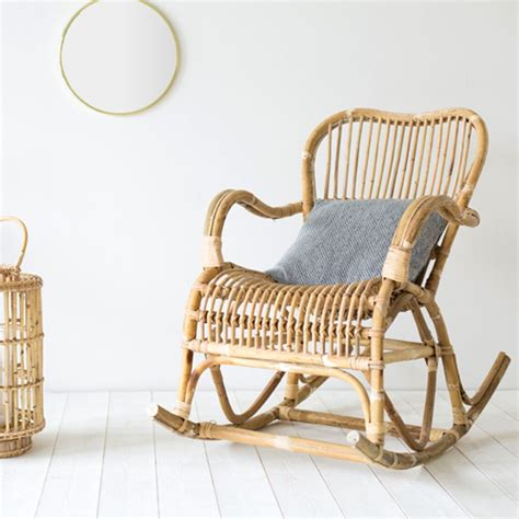 rocking chair en rotin rocking chair en rotin naturel moka decoclico