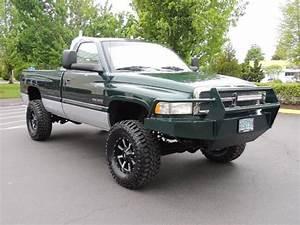 2000 Dodge Ram 2500 4x4 5  5 9 L Cummins Diesel