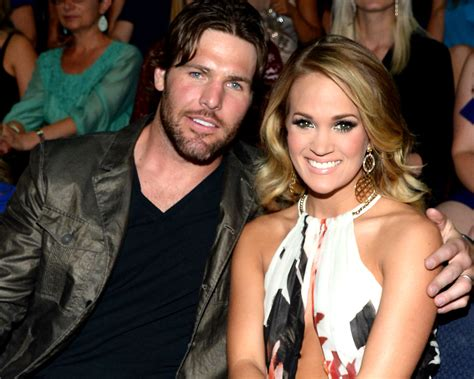 how did carrie underwood meet husband carrie underwood first met mike fisher at a fan meet and greet