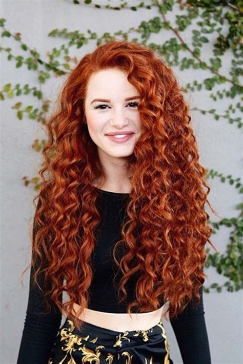 24 Adorable Looks with Curly Hair Messy curly hair