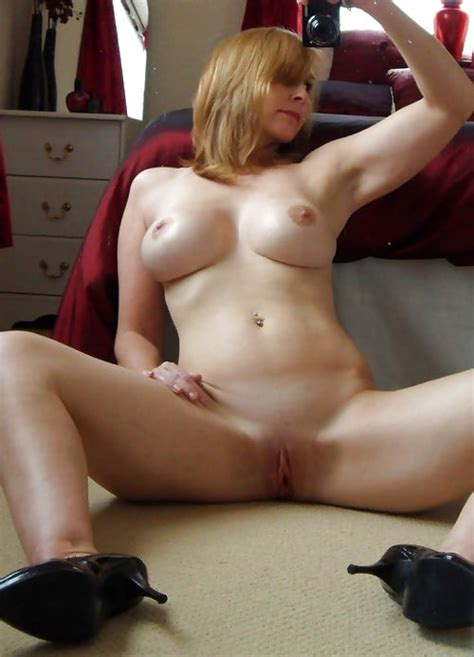 Milfs Mums And Cougars Naked Selfie Collection 20 Pics