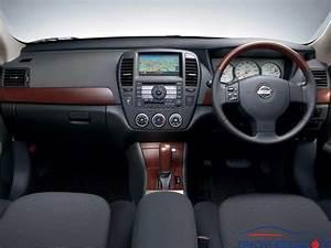 Nissan Bluebird Sylphy 2011