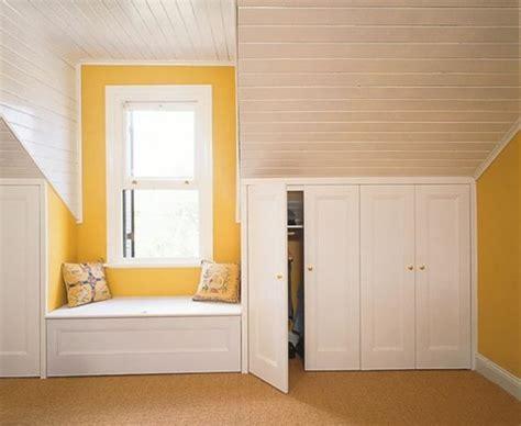 comment faire un placard dans une chambre beautiful armoire sous pente blanc en bois ide de