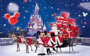 Christmas Gifts HD Wallpaper