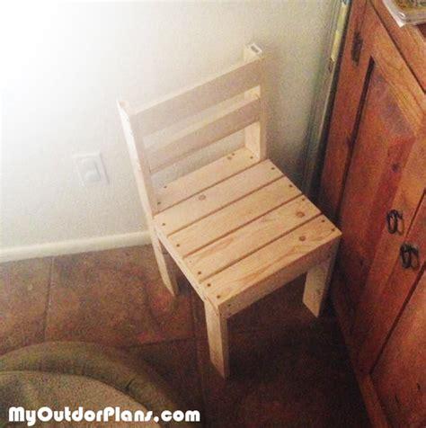 diy kids time  chair myoutdoorplans