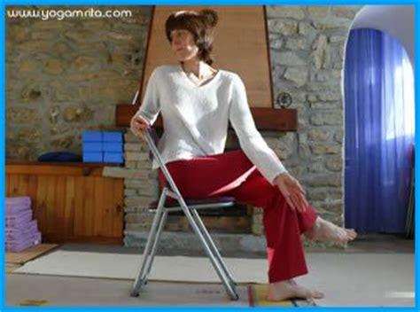 abdos sur une chaise 19 best chair images on exercises