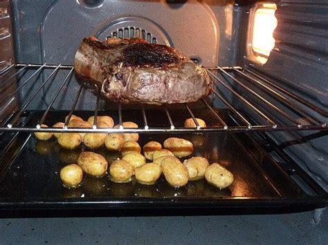 comment cuisiner les pommes de terre grenaille côte de boeuf au four pommes de terre grenaille et