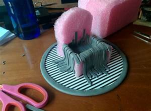 Game of Phones: Girl Makes A Mini DIY Iron Throne Stand ...