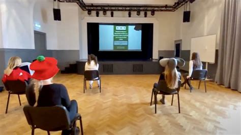 Teātra festivāls gandrīz klāt! - Valmieras Viestura vidusskola
