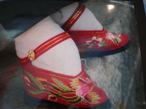 Fashion Statement Ye Ye Orhsajer