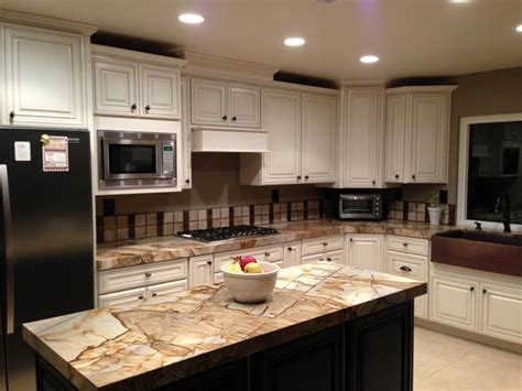 Kitchen. Roma Imperiale. White cabinets & chocolate island