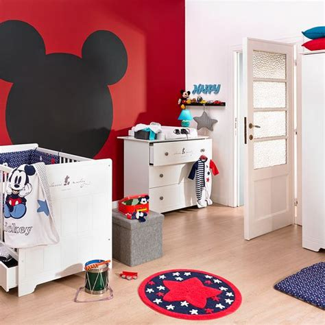 decoration mickey chambre decoration chambre bebe mickey visuel 8
