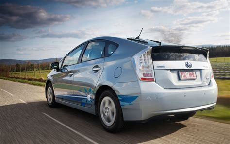 toyota on line toyota gives prius plug in fans priority with new pre