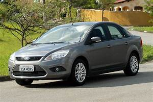 Ford Focus Sedan 2 0 Ghia 2009