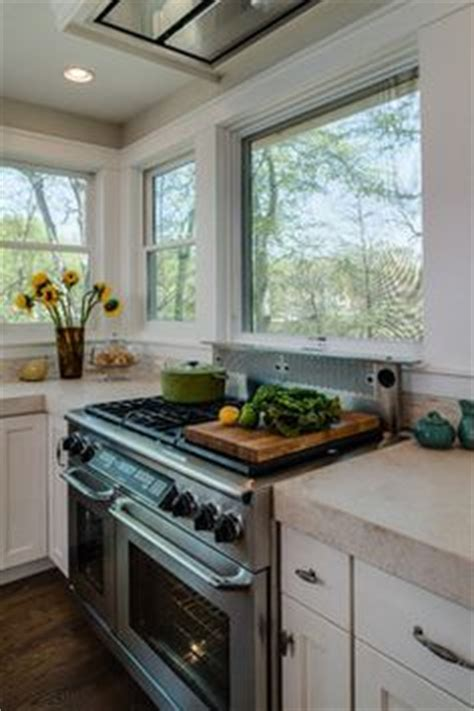 1000  images about Kitchen stove under window on Pinterest