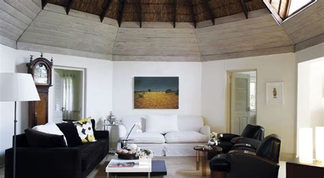 urban thatched rondavel house  leisure