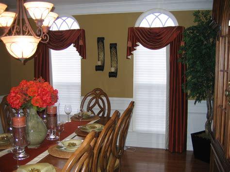 Dining Room Draperies by Dining Room Drapes