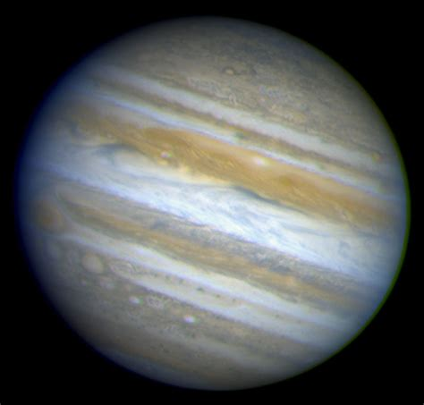 Hubble Provides Complete View of Jupiter's Auroras | ESA ...
