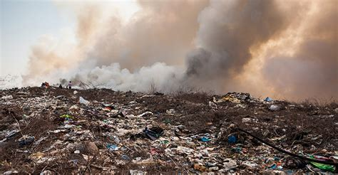 composting pile fire closes central maui landfill