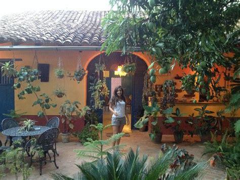 patio de la casa colonial picture of hostal casa